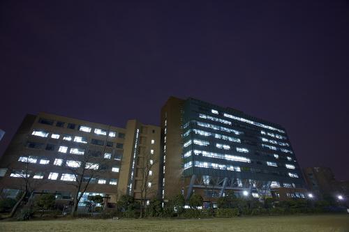 Университет Соган (서강대학교[西江大學校 Sogang University])3