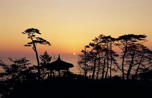 Yangyang Sunrise Festival (양양 해맞이축제)