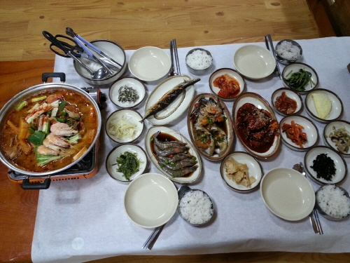 딴뚝통나무집식당 사진5