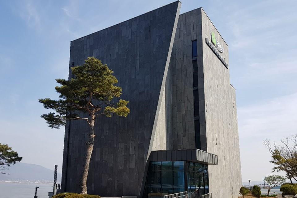 ラルゴビル・ウェーブハウス(ウェーブハウス、ガーデンハウス) [韓国観光品質認証] (라르고빌 웨이브하우스(웨이브하우스, 가든하우스) [한국관광 품질인증/Korea Quality])