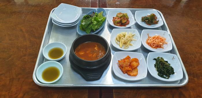 老松飯店( 노송식당 )
