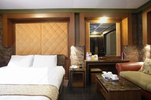 Hotel Kobos (코보스호텔)