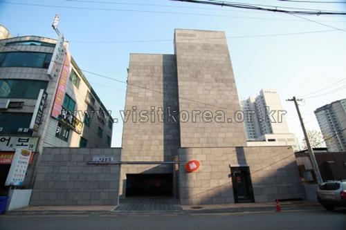 M Motel - Goodstay (엠모텔 [우수숙박시설 굿스테이])