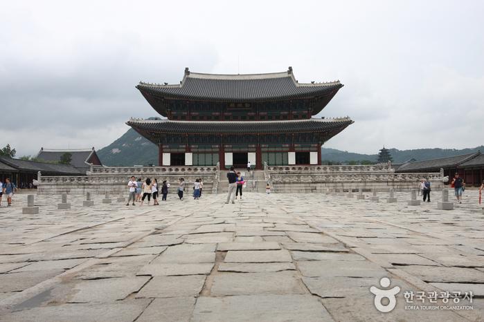 Дворец Кёнбоккун (경복궁)16
