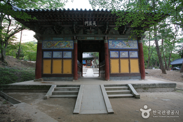 Jikjisa Temple (직지사)