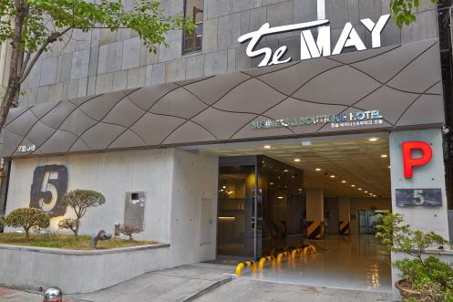 Hotel The May - Goodstay (호텔 더 메이 [우수숙박시설 굿스테이])