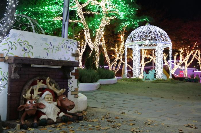 청도 프로방스 크리스마스 산타마을 빛축제 2018  사진16