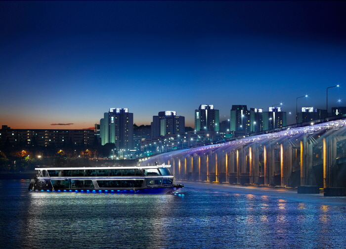 ELAND CRUISE(漢江遊覽船)(이랜드크루즈 (한강유람선))14