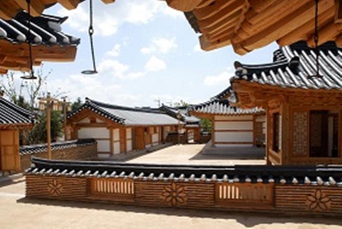 金海韓屋体験館(김해한옥체험관)