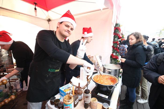 ヨーロピアン・クリスマスマーケット(유러피언 크리스마스 마켓)