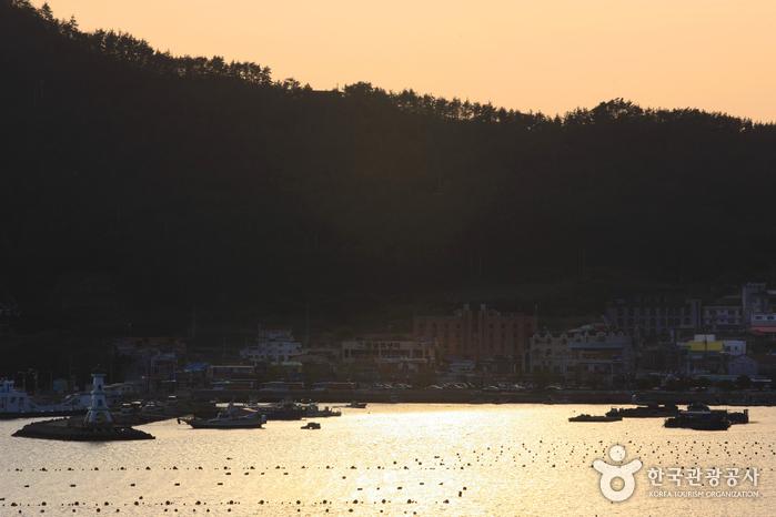 [海洋水產部選定之美麗風光漁村]葛頭村(土末村)([해양수산부 선정 아름다운 어촌] 갈두마을(땅끝마을))