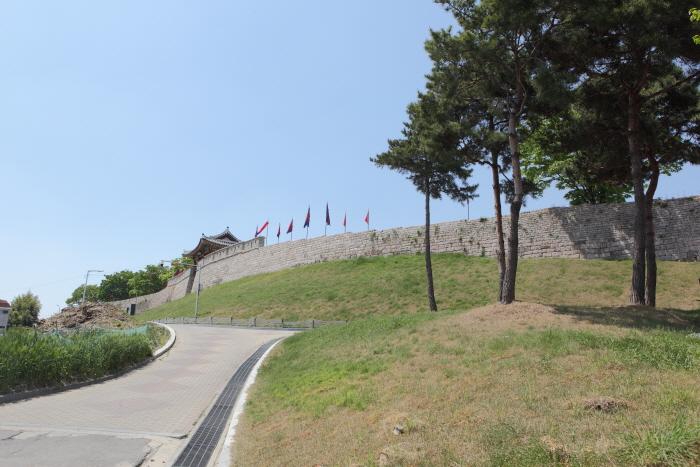 사적 231호로 지정된 홍성 홍주읍성