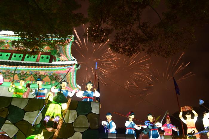 晉州南江流燈節(진주남강유등축제)5