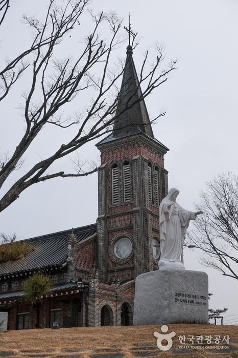 Katholische Kirche Hwasan (Nabawi) (화산천주교회(나바위 성당))