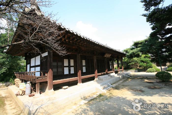 Ursprüngliche Wohngegend des Nampyeong Moon Clans (남평문씨본리세거지)