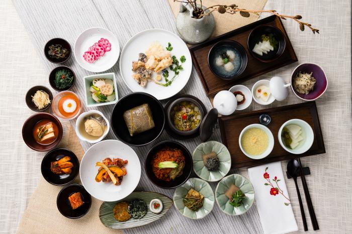 Balwoo Gongyang (사찰음식 전문점 발우공양)