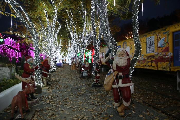 청도 프로방스 크리스마스 산타마을 빛축제 2018  사진11