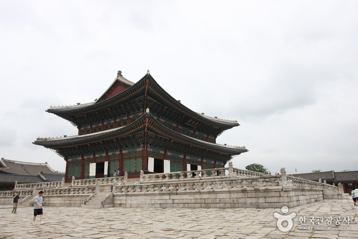 Дворец Кёнбоккун (경복궁)14