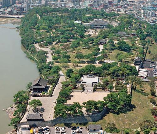 Крепость Чинчжусон (진주성)20