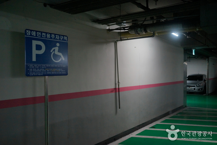Культурный центр Сечжон (세종문화회관)20