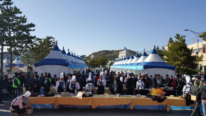 浦項九龍浦クァメギ祭り(포항구룡포과메기축제)