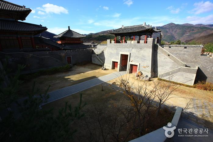 Offenes Filmset Ondal in Danyang (단양 온달 오픈세트장)