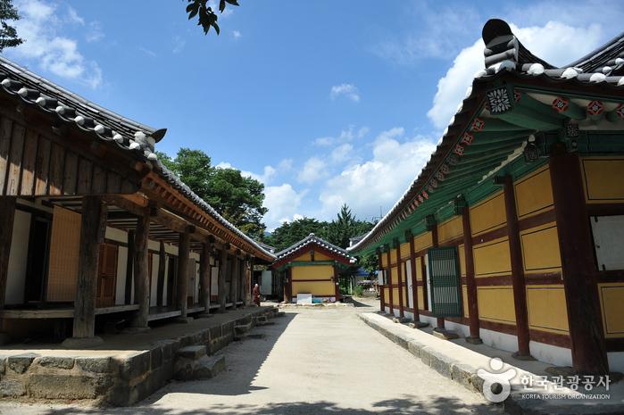 Silsangsa Temple (실상...