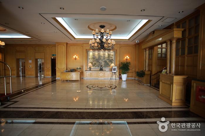 東邦観光ホテル(동방관광호텔)