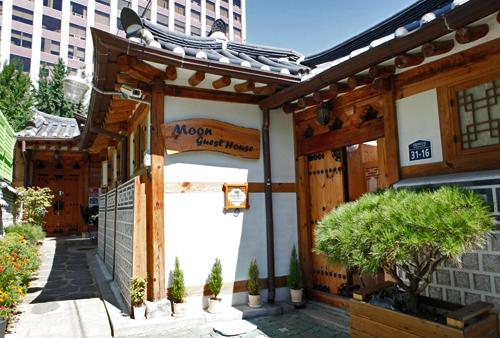 Moon Guesthouse (문게스트하우스)[한국관광품질인증제/ Korea Quality]