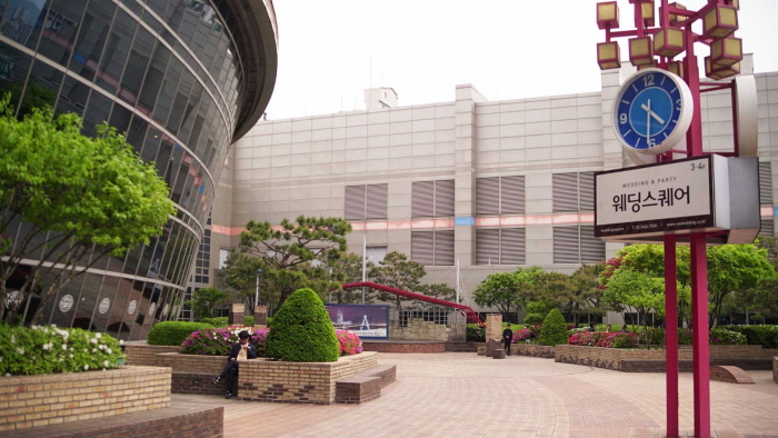Techno Mart(江边店)(테크노마트 (강변점))