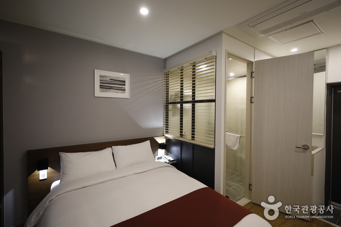 INDY HOTEL & GUESTHOUSE [Korea Quality] / 인디호텔게스트하우스 [한국관광 품질인증]