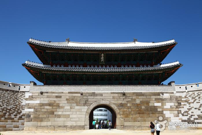 Ворота Суннемун (Намдэмун) (숭례문(남대문))3