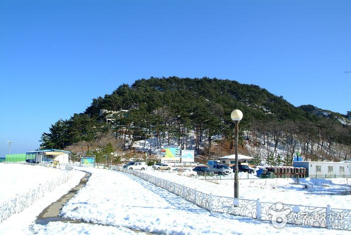 화진포의 성(김일성별장)