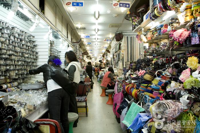 Centre commercial des accessoires de Jangan (장안 엑세서리상가)