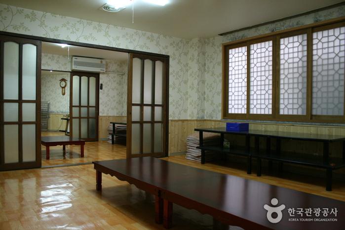 忠清会館食堂(충청회관)