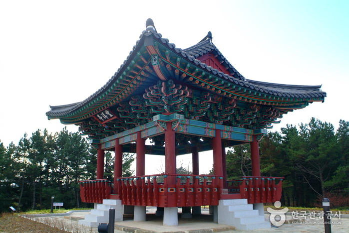 Mangyangjeong Pavilion (망양정)