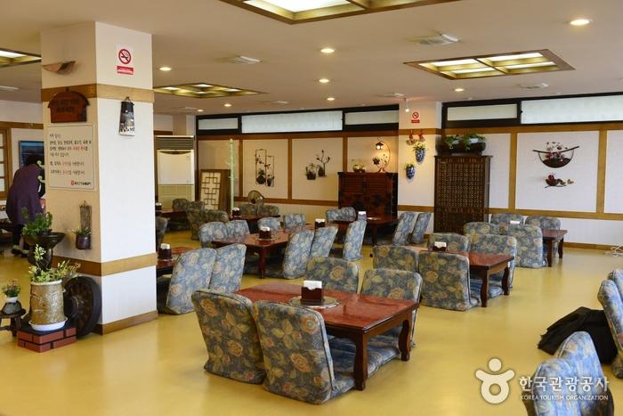 金烏山城炭火焼きカルビ(금오산성숯불갈비)
