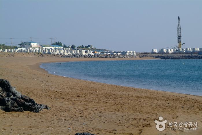 Пляж Хвасун Кымморэ (화순 금모래 해변)7