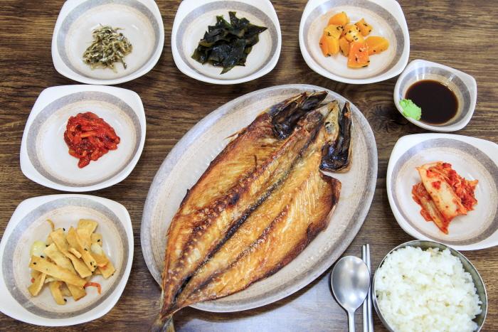 Uribong Sikdang (우리봉 식당)