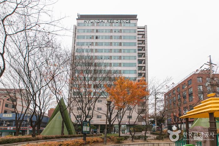 Hyundai Residence Seoul (현대레지던스)