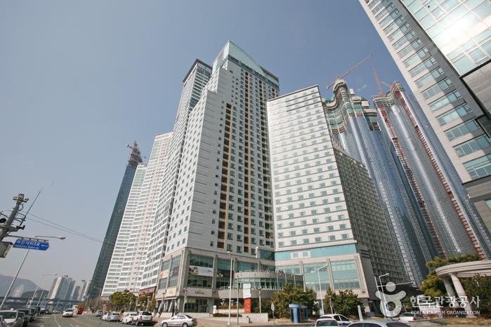 Hanwha Resort Haeundae Tivoli (한화리조트 해운대)