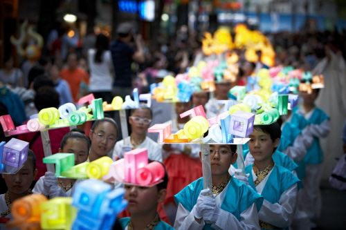 Lotus Lantern Festival (연등회 연등축제)