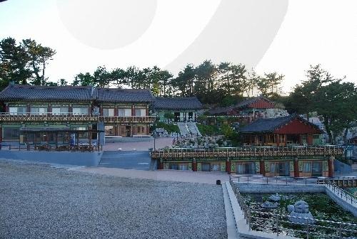 Templo Hyuhyuam (Gangwon) (휴휴암(강원))