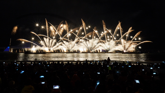 Международный фестиваль фейерверков в Пусане (부산불꽃축제)3