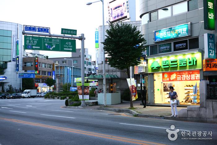 Calles de Myeong-dong de Chuncheon (춘천명동거리)9