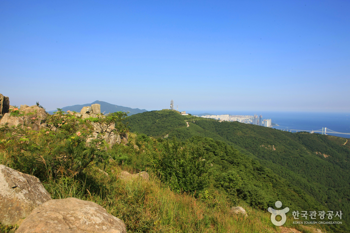 Montaña Geumnyeonsan (금련산)