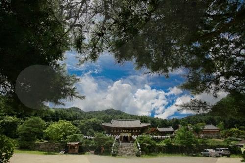 Tempel Baengnyeonsa (Gapyeong) (백련사(가평))