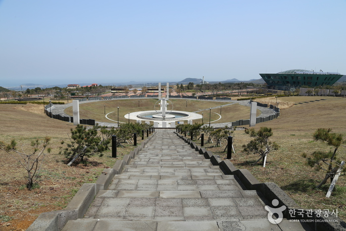 Jeju April 3rd Peace Park (제주4·3평화공원)
