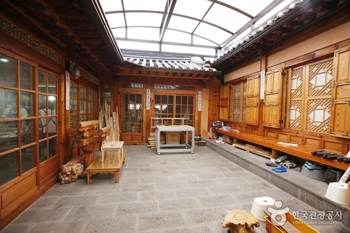 Seongsim Arts & Crafts (청원산방)