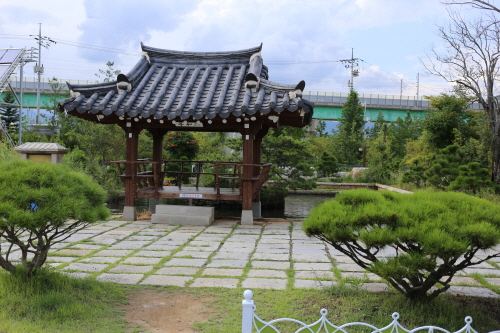Gapyeong Ewhawon Nabi Story (가평 이화원 나비스토리)
